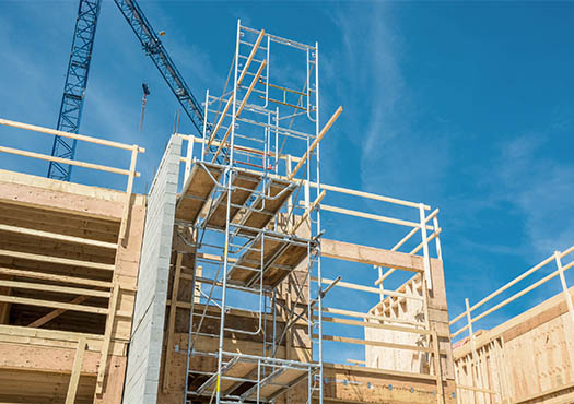 Constructie voor een bouwaansluiting in de buitenlucht